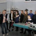 Специалист «Офсета» рассказывает школьникам о возможностях современной типографии