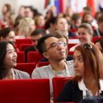 Есть минутка и для совместного селфи на память о форуме в Красноярске