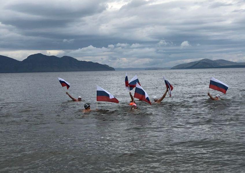 >Красноярские моржи вышли на завершающий этап рекордного заплыва