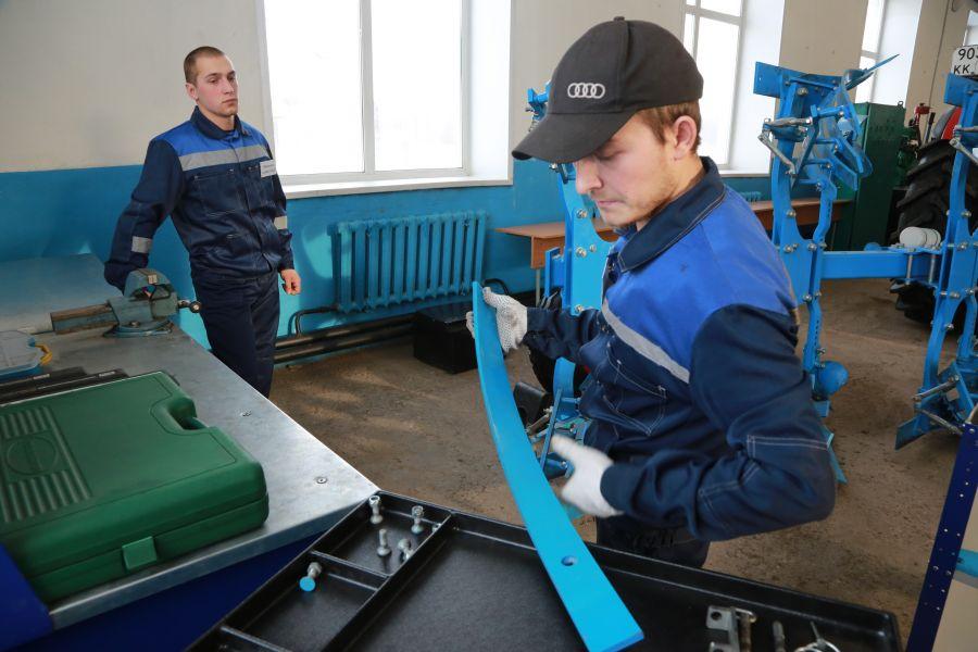 Красноярский край получит более 90 млн рублей на выплаты кураторам групп в колледжах
