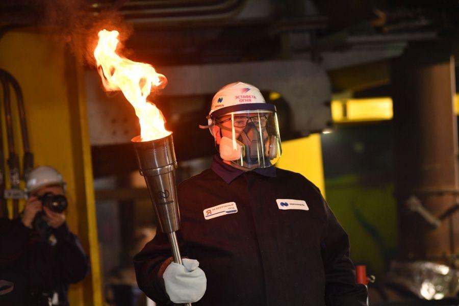 Огонь Зимней универсиады-2019 объединился с пламенем металлургических печей