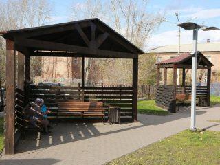 В сквере созданы уютные зоны отдыха