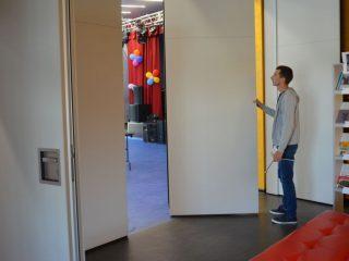 Развижная стена способна легко трансформировать пространство культурного центра