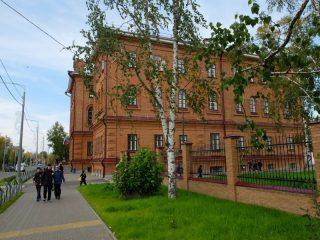 Мужская гимназия Енисейска. В 1913 году здесь выступал Ф. Нансен