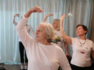 Боди-балет - это комплекс упражнений, основанный на классической балетной хореографии, элементах йоги и пилатеса