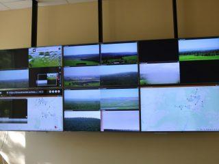 Вся эта оперативная информация аккумулируется и анализируется в региональной диспетчерской службе лесного хозяйства, которая фактически является «мозговым центром»