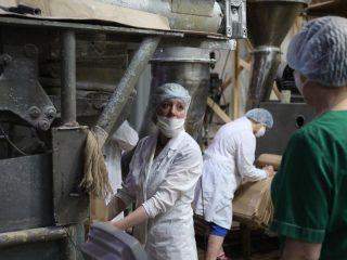 Сегодня Филимоново действительно столица молока Красноярского края. Предприятие дает жизнь не только крупным хозяйствам, которые из разных районов привозят сюда молоко на переработку, но и мелкотоварному производству, которое составляет 25% их поставщиков