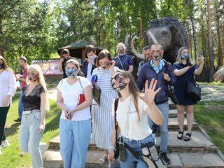 После долгой разлуки журналисты снова побывали в зоопарке. И повод хороший - новый европейсий статус Роева Ручья.