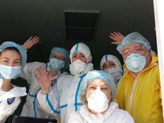 В нынешнем году День медицинского работника, традиционно отмечаемый в третье воскресенье июня, приобретает особое звучание. Значимость «людей в белых халатах» никогда не оспаривалась, но пандемия сделала эту профессию номером первым среди всех существующих