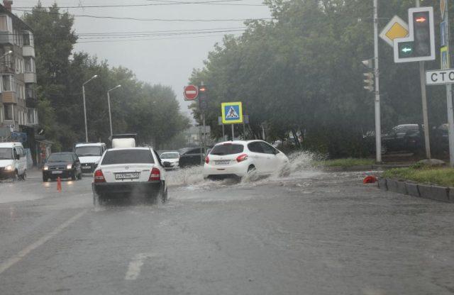 Проливной дождь в столице края. Красноярск. 9 июля 2020 года