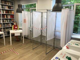 Открытые с одной стороны кабинки - тоже элемент обеспечения санитарной безопасности