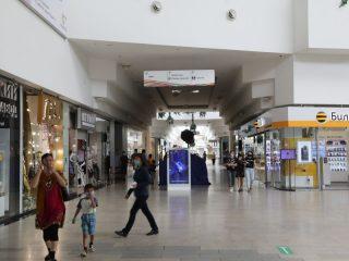 В торгово-развлекательном комплексе усилен контроль за соблюдением масочного режима. Потоки движения посетителей распределены так, чтобы не пересекались