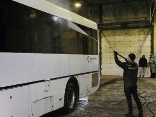 Первый раз дезинфекция проводится, когда автобус возвращается с линии на обед