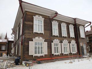 Дома уже преобразились, на большинстве завершена внешняя отделка