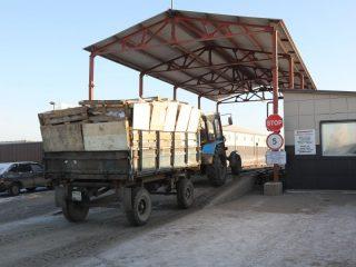 С началом мусорной реформы, все собранные с правого берега отходы поступают на мусоросортировочный комплекс регионального оператора «РостТех»