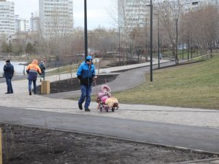 Реконструкция позволила соединить набережную от Предмостной площади до микрорайона Белые Росы в единое прогулочное пространство