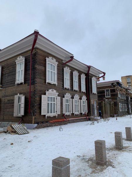 Строительный забор в Историческом квартале Красноярска уберут к декабрю