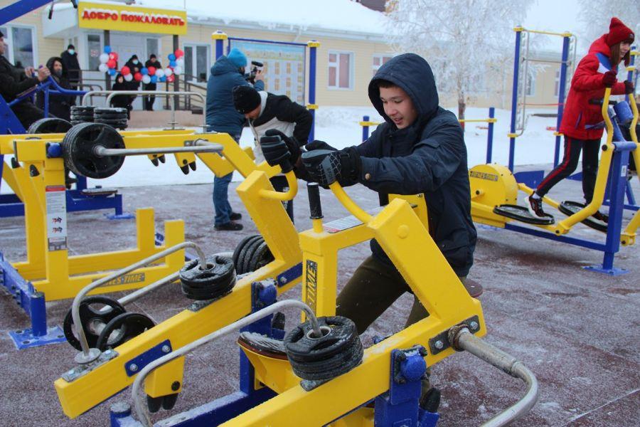 Проект «Спорт – норма жизни»: в Балахте появилась еще одна площадка ГТО