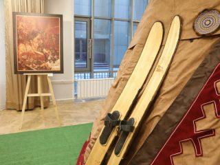 Сегодня в Красноярске, в Доме дружбы народов, открылась выставка, посвященная 90-летию Таймырского муниципального района