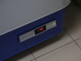 А это температура морозильника, в котором хранятся ампулы Спутника V