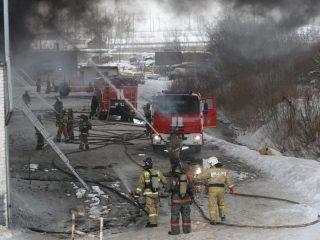В горящем здании найдено тело пропавшего рабочего