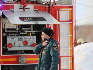 Пожарные прибыли на место через несколько минут