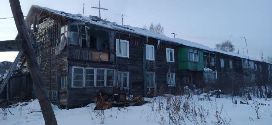 В Лесосибирске еще одна многодетная семья заселилась в аварийный дом