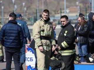 - Одна из целей данных соревнований – популяризация профессий пожарного и спасателя среди подрастающего поколения, - говорят в региональном главке МЧС