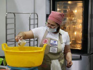 В рамках форума проходит уникальная выставка предприятий из Китая «Здравствуй, сосед!». На ней бизнесмены из Поднебесной представляют оборудование для пищевой и перерабатывающей промышленности, торговое оборудование, спецодежду, а также товары повседневного спроса