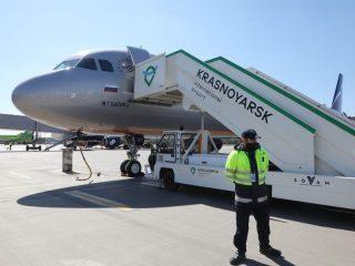 Модернизированная рулежная дорожка в красноярском аэропорту почти готова. Она позволит в два раза повысить количество взлетов-посадок