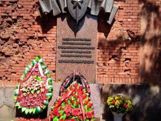 Организованная оборона Брестской крепости продолжалась до 26 июня 1941 года в Цитадели и до 29 июня 1941 года в Восточном форту. В июле в крепости продолжали укрываться воины-одиночки, последний из которых – майор Петр Гаврилов – был пленен лишь на 32-й день войны – 23 июля 1941 года