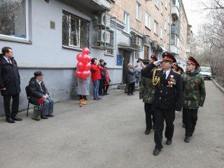 Красноярские кадеты отдают честь ветерану Великой Отечественной войны Владимиру Сидоровичу Федькину