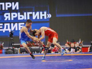 У мужчин главные фавориты – Абубакар Муталиев (Россия, 57 кг), Абасгаджи Магомедов (Россия, 61 кг) и Давид Баев (Россия, 70 кг). Все они в разное время становились призёрами чемпионата России и других престижных турниров, а Баев имеет в своём активе золото чемпионата мира