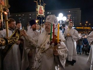 Митрополит Красноярский и Ачинский Пантелеимон возглавил Пасхальные богослужения