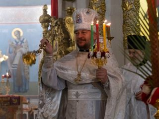 Во время Пасхи горение свечи приобретает свой особый смысл