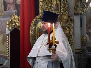 Свечи на Пасху — символ Христова Воскресения