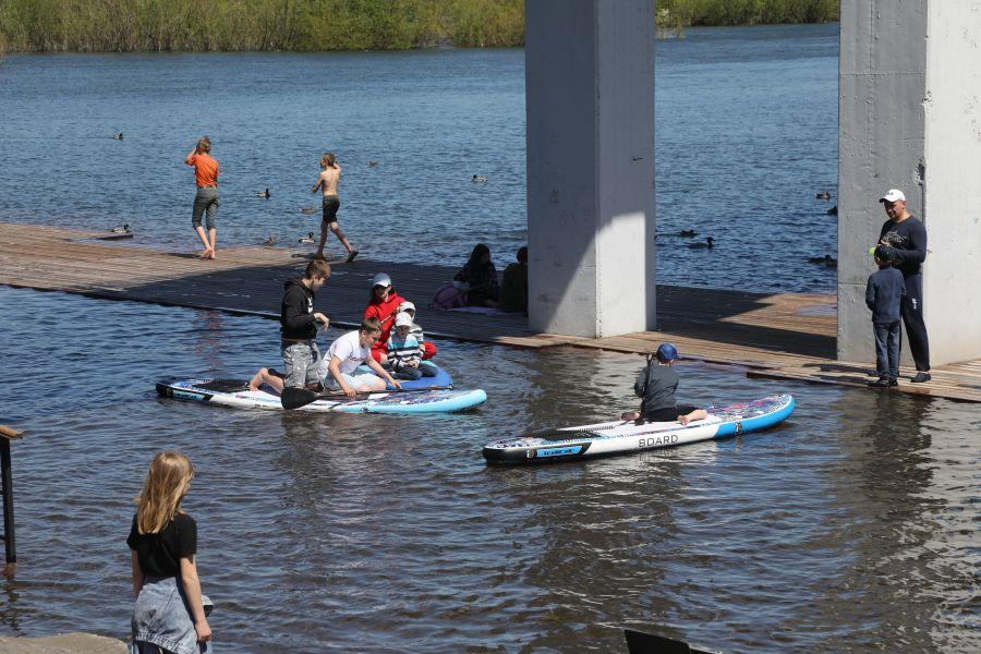 В Красноярске за ночь уровень воды в Енисее поднялся на 7 сантиметров