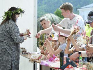 Здесь можно увидеть работы лучших флористов России
