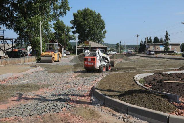 Строительство парка в центре села. Дзержинское. 27 июля