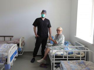 Лариса Васильевна – пациентка, которой врачи Центра современной кардиологии спасли жизнь. Ей потребовалось срочное оперативное вмешательство