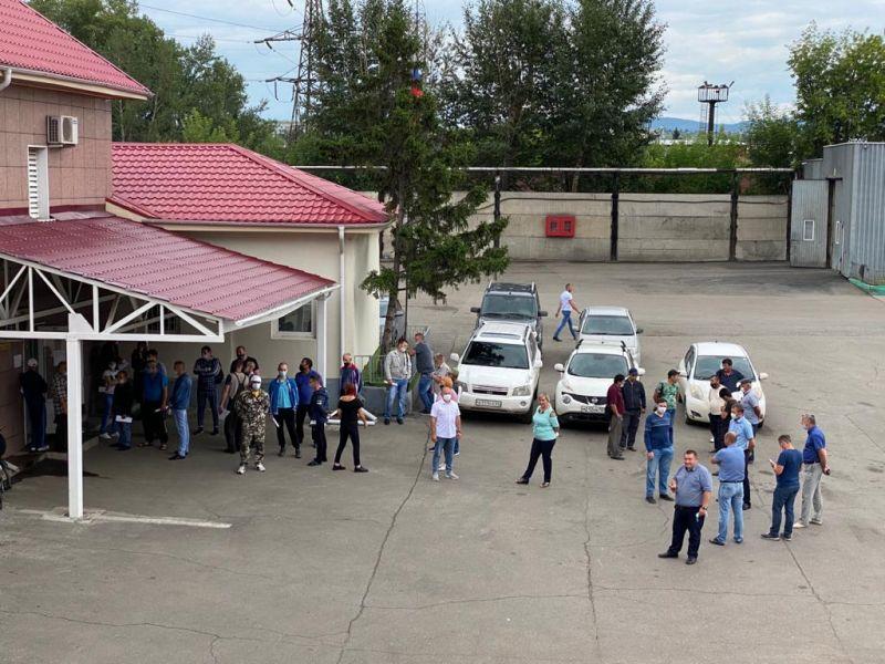 Около четверти работников красноярского пассажирского транспорта уже получили вакцину от ковида