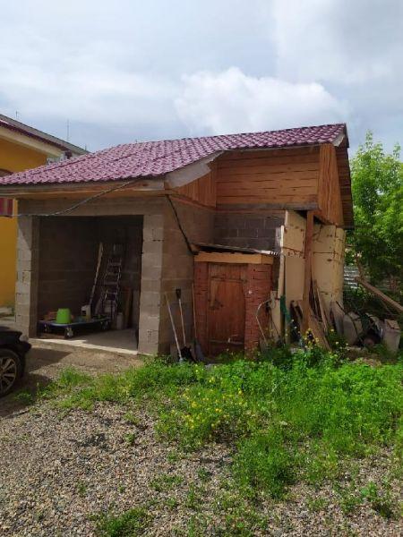 В Красноярске во дворе жилого дома начала XIX века построили дом с кладовкой
