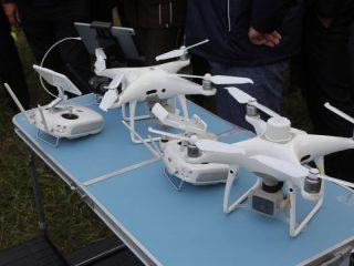 Земледельцы сегодня используют и такие летающие машины. С помощью дронов можно оценить всхожесть посевов, составить карту поля и выявить участки, нуждающиеся в удобрении
