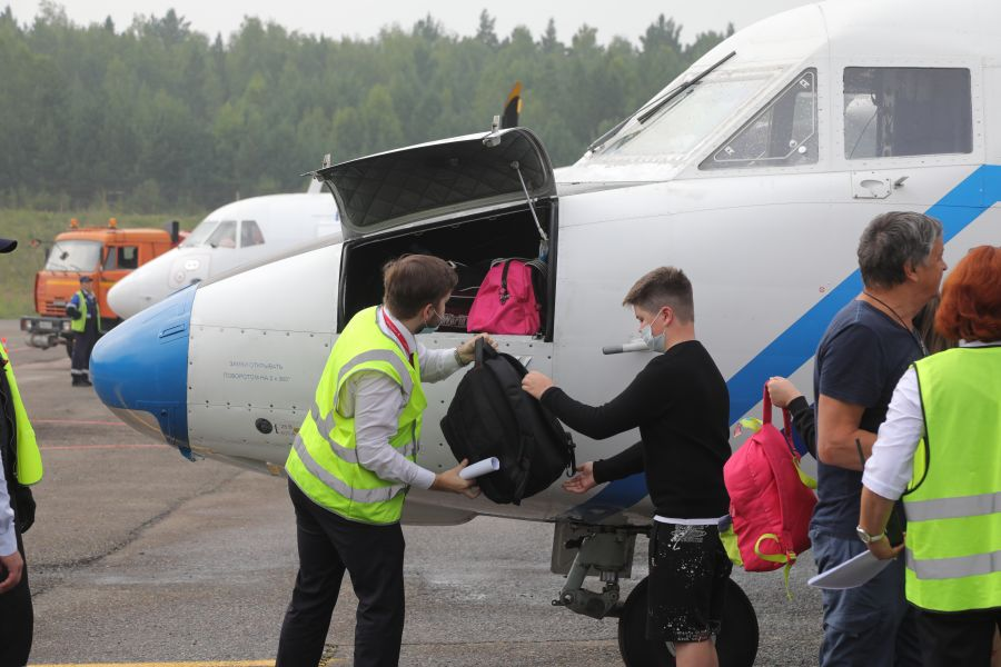 В Красноярске на ₽30 тысяч оштрафовали авикомпанию за отказ везти багаж