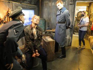 В «Поезде Победы» представлены и условия концлагеря…