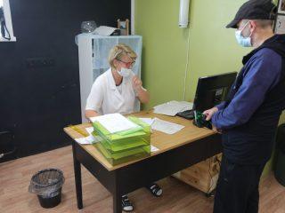 Напомним, предварительной записи во внебольничные пункты не требуется, прививку можно поставить в порядке живой очереди