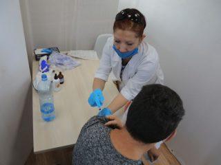 Внебольничные пункты вакцинации в Красноярске работают с полной загрузкой
