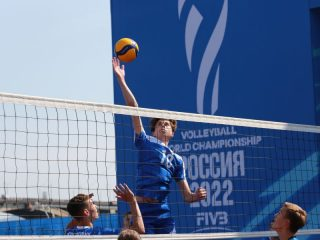 В Красноярске прошел большой спортивный фестиваль, посвященный году до начала чемпионата мира по волейболу среди мужских команд.