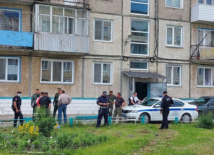 Стрелявший из окна пьяный майор в Красноярском крае заключен под стражу