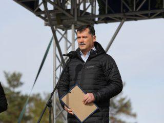 В церемонии принял участие глава Росавиации Александр Нерадько. Он сообщил, что красноярский аэропорт в связи с открытием МРД получил новый сертификат соответствия сроком до 14 апреля 2025 года